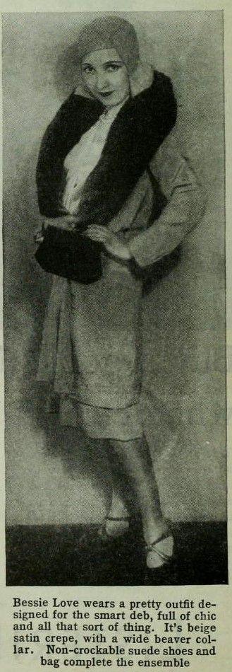 Photoplay - February 1930: Bessie Love