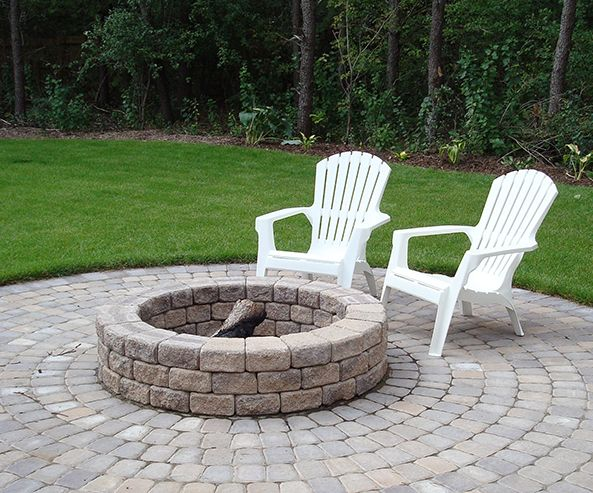 Here S An Idea Have A Barkman Fire Pit On Top Of A Roman Circle Patio Fire Pit Gallery Fire Pit Materials Fire Pit Gravel