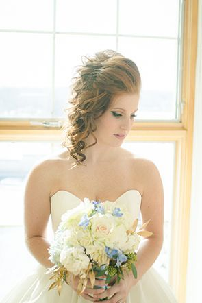 Creamy bouquet with notes of blue | Photo by Carolyn Ann
