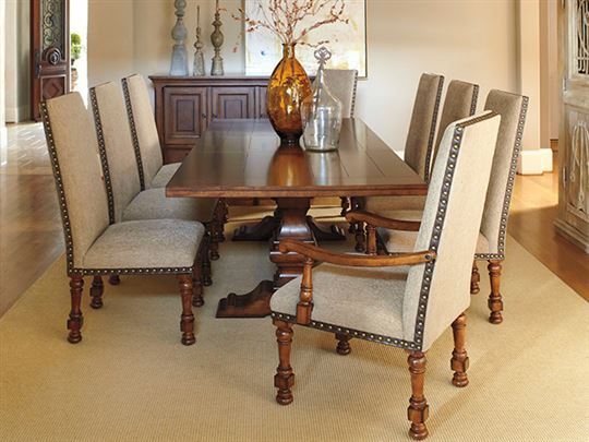 Find This Pin And More On Dining Room Gaylon Table