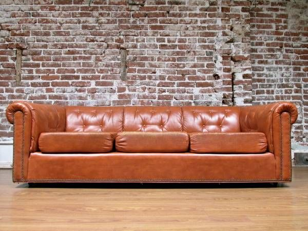 Los Angeles: Awesome Mid Century Leather CHESTERFIELD Sofa $750