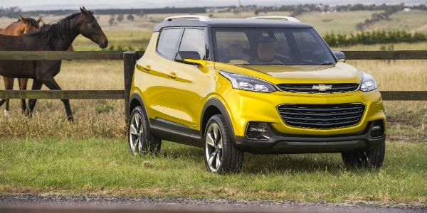2014 Indian Auto Expo Chevrolet Unveils Adra Compact Suv Concept