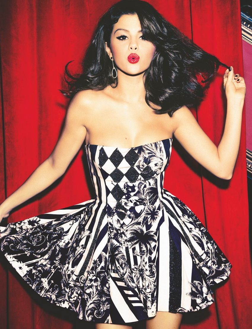SelenaGomez : Printed black and white party dress. This is a ...
