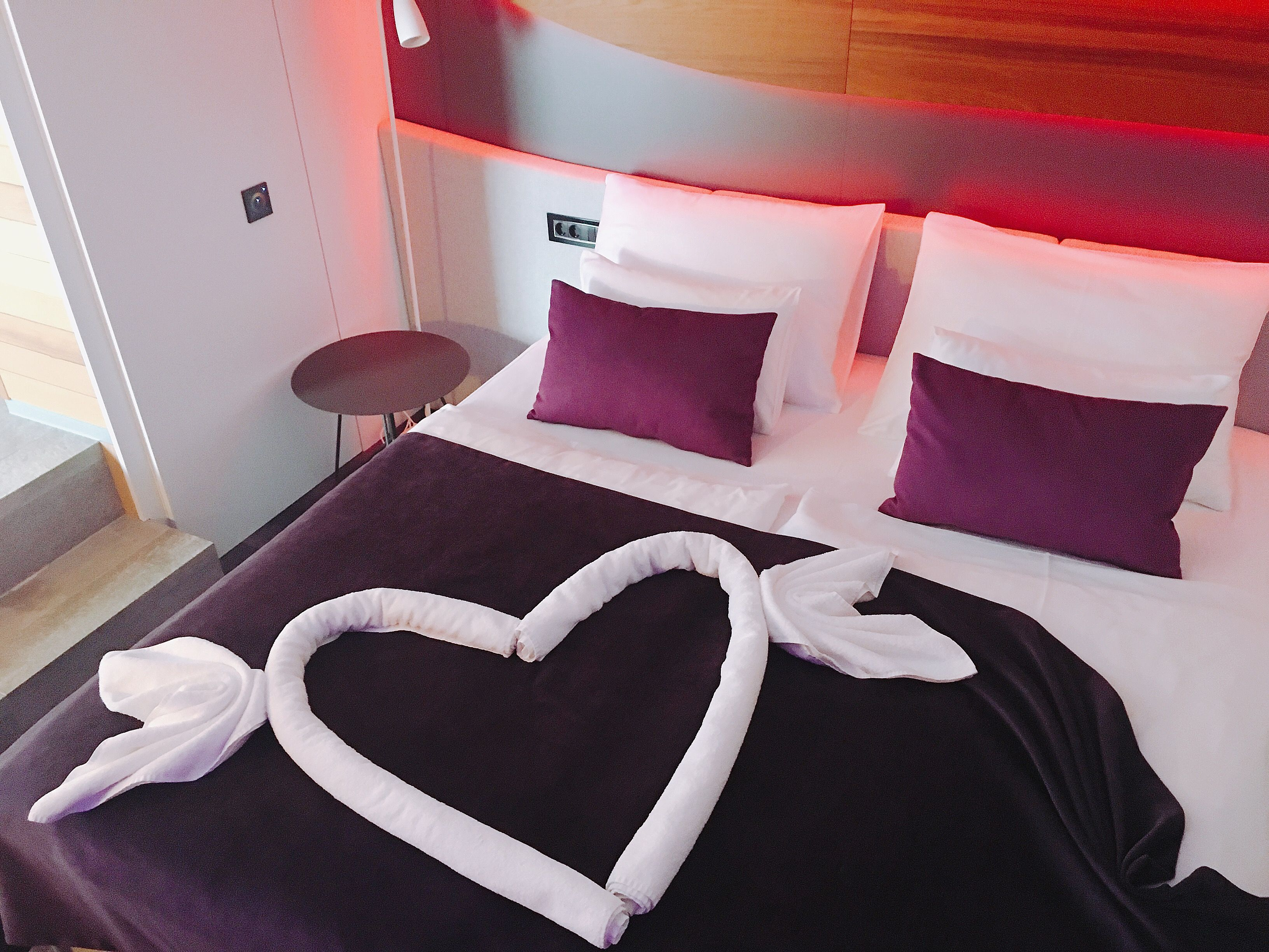 Heart With Wings Towel Folding Romantic Hotel Room Blueberry Color Romantic Hotel Rooms Valentine Bedroom Decor Wedding Hotel Room