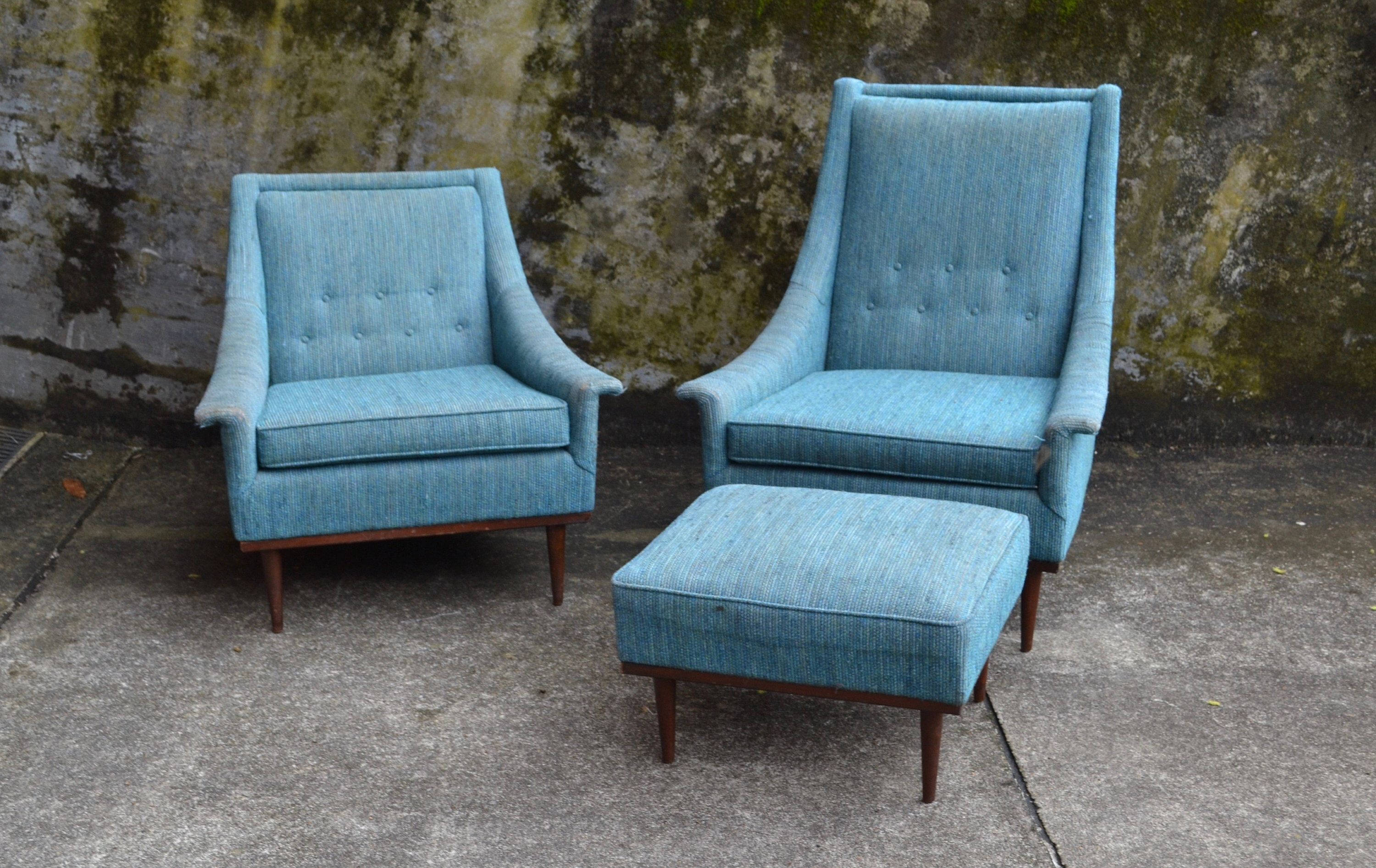 Mid century modern pair of selig lounge arm chairs his