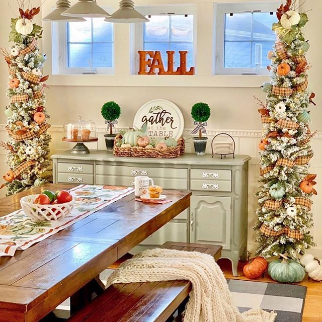 7 Simple Gorgeous Modern Thanksgiving Tablescapes ...