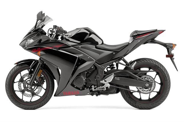 Yamaha Yzf R3 2015 Negra Bikes バイク