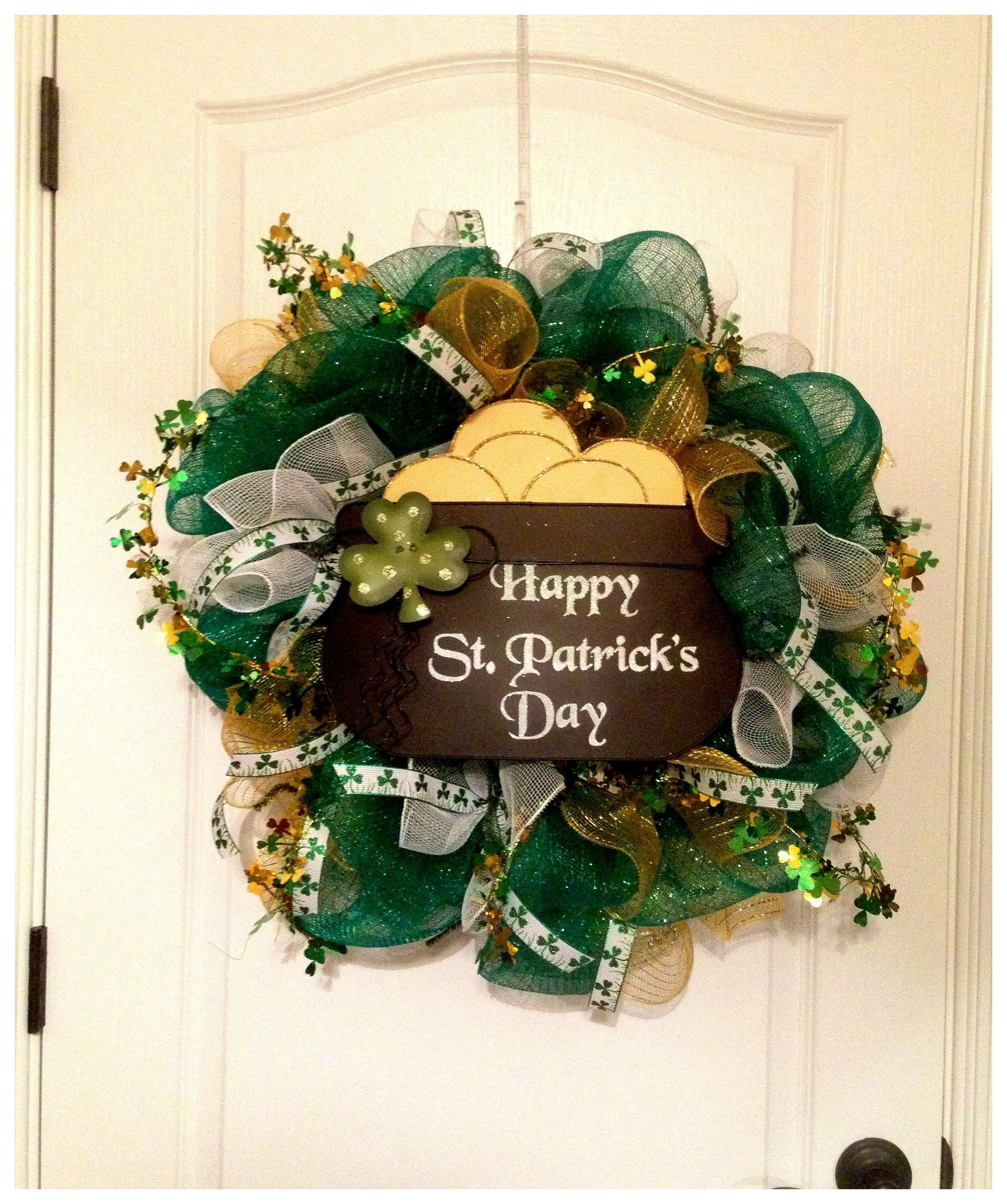 st patricks deco mesh wreath wreaths pinterest wreaths wreaths crafts and door wreaths. Black Bedroom Furniture Sets. Home Design Ideas