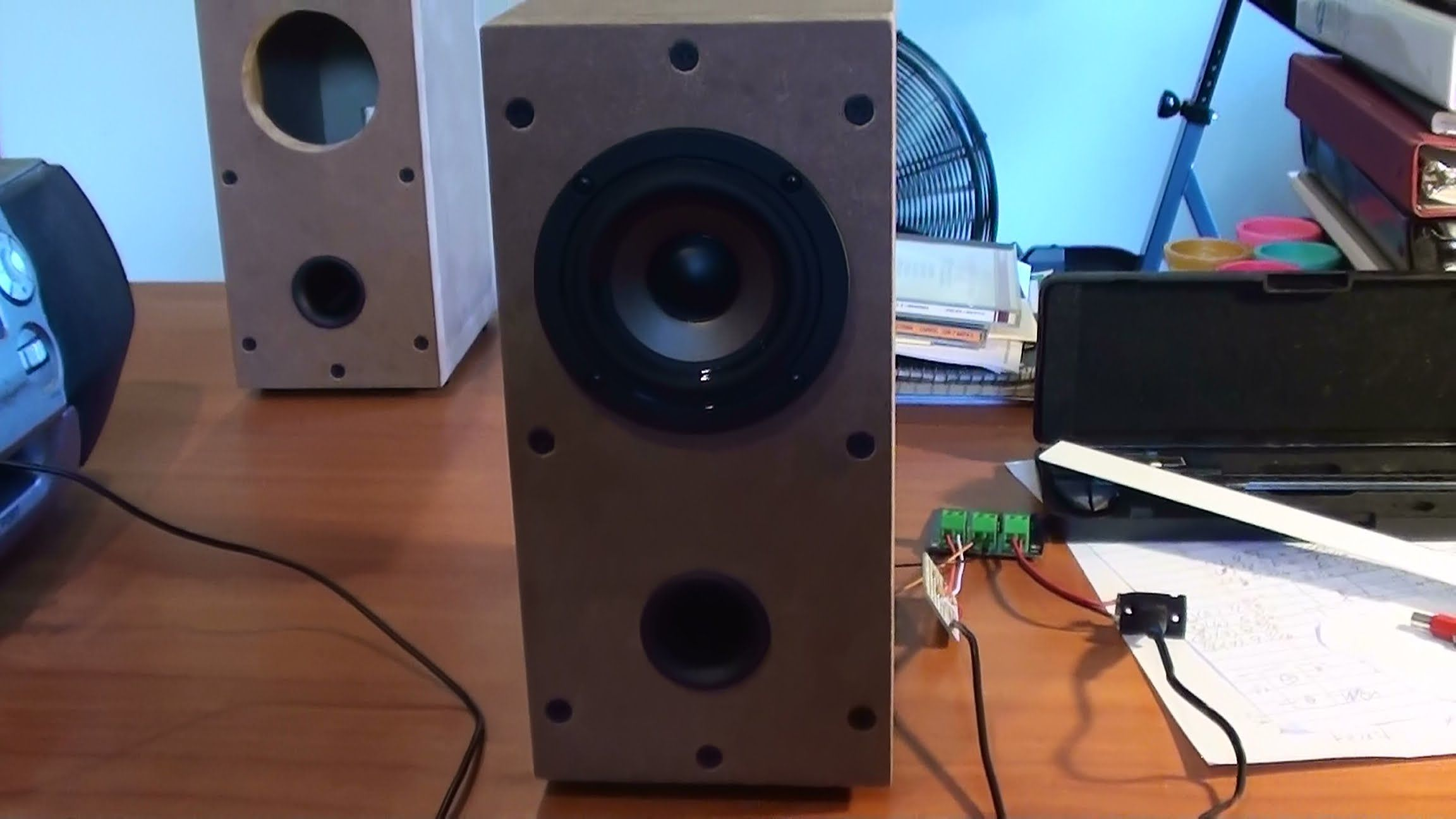 """DIY puter Speakers using 3"""" Full Driver and a port"""