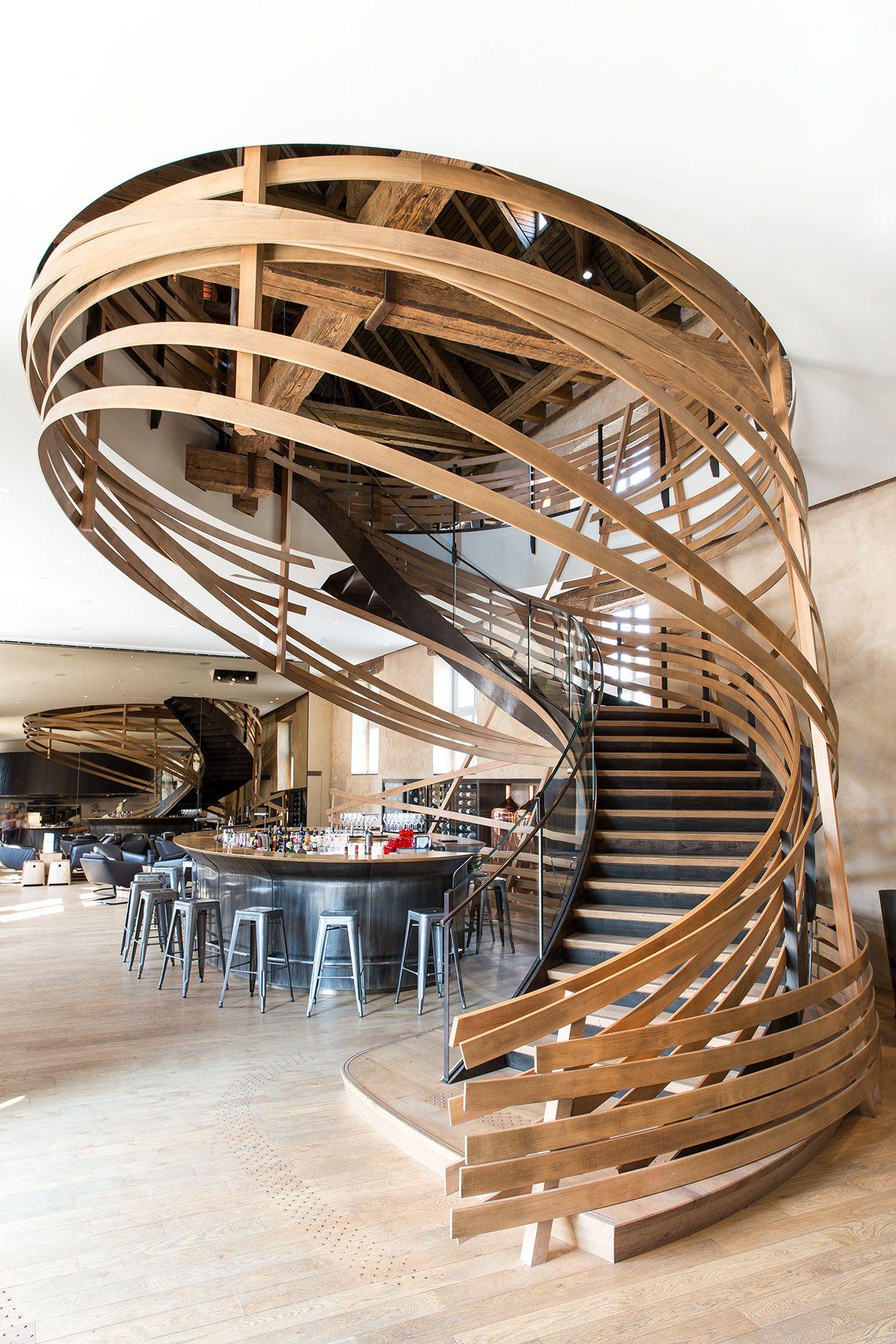 mag ah14 4220les haras strasbourg hotel restaurant escalier bois cuivre photo fr d ric. Black Bedroom Furniture Sets. Home Design Ideas