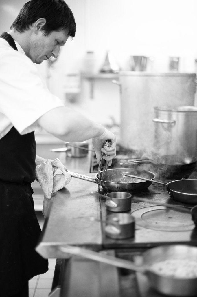 Cuisiner to cook je cuisine tu cuisines elle cuisine nous cuisinons vous cuisinez elles - Cuisiner le bar ...