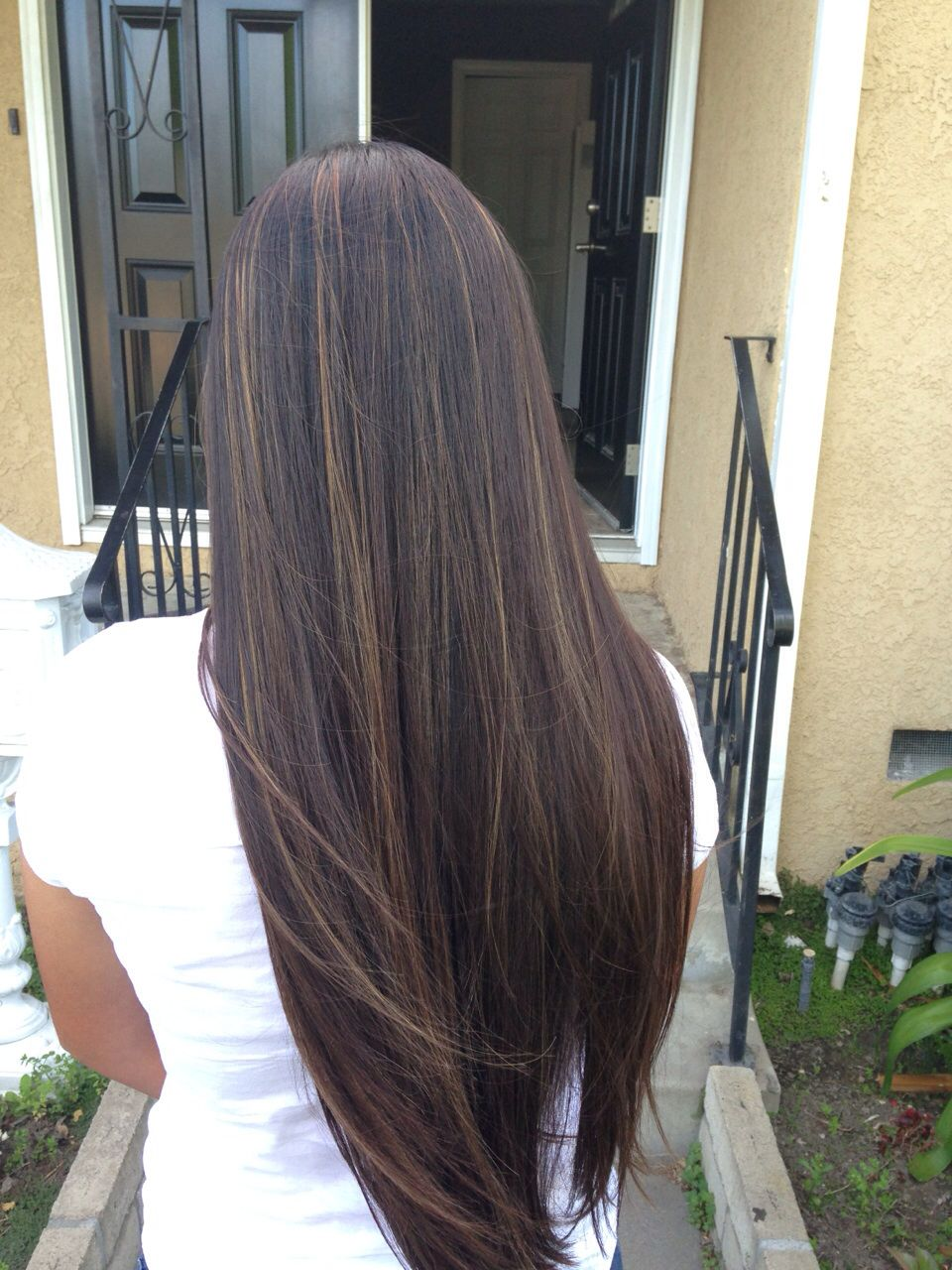 Dark Brown Hair With Caramel Highlights Hair Highlights Balayage Straight Hair Hair Styles