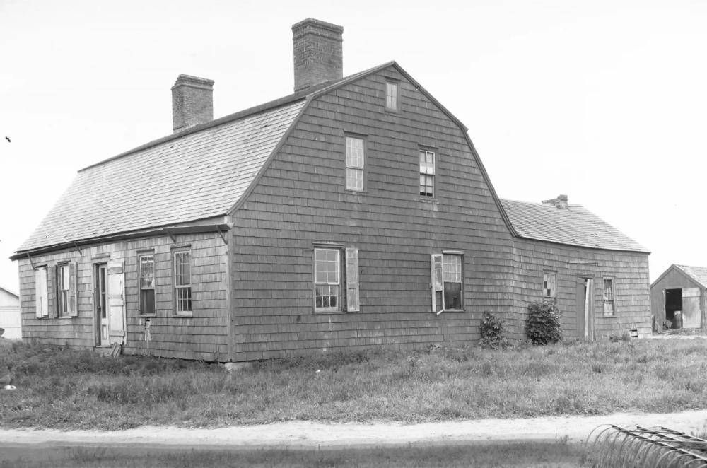 Colonial American House Styles House Styles American Houses European Farmhouse