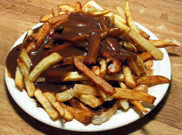Roast Beef Gravy Over Fries I Grew Up On This Stuff In Maryland Hot Beef Sandwiches Food Hamburger And Fries