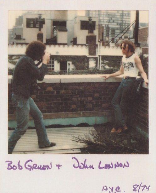 PHOTOGRAPHY - John Lennon and Bob Gruen 1974, NYC