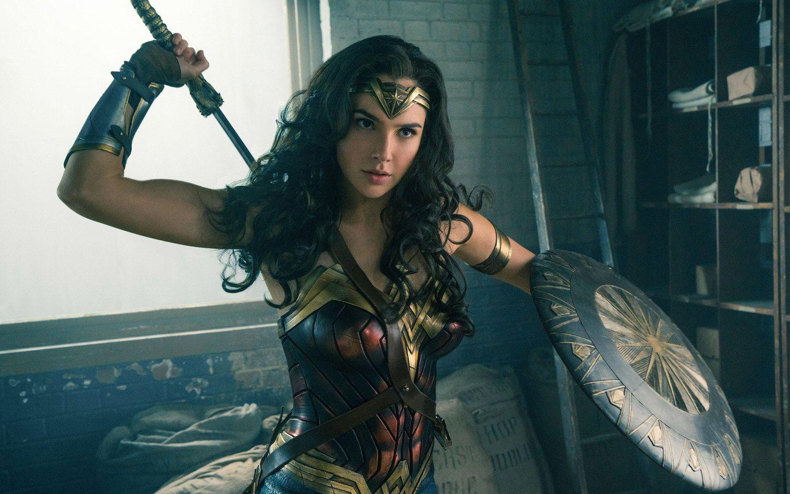 """Praise Zeus, """"Wonder Woman"""" Is 2017's Most TweetedAbout"""