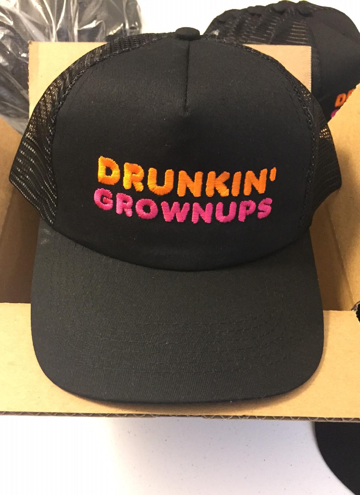Funny Born to Fish Trucker Hat Baseball Mesh Caps Black
