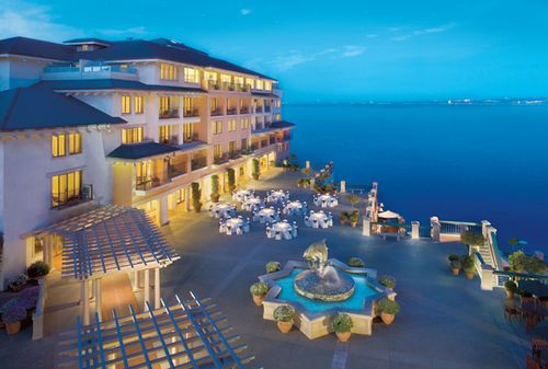 Monterey Plaza Hotel Monterey Ca Falling Asleep To The