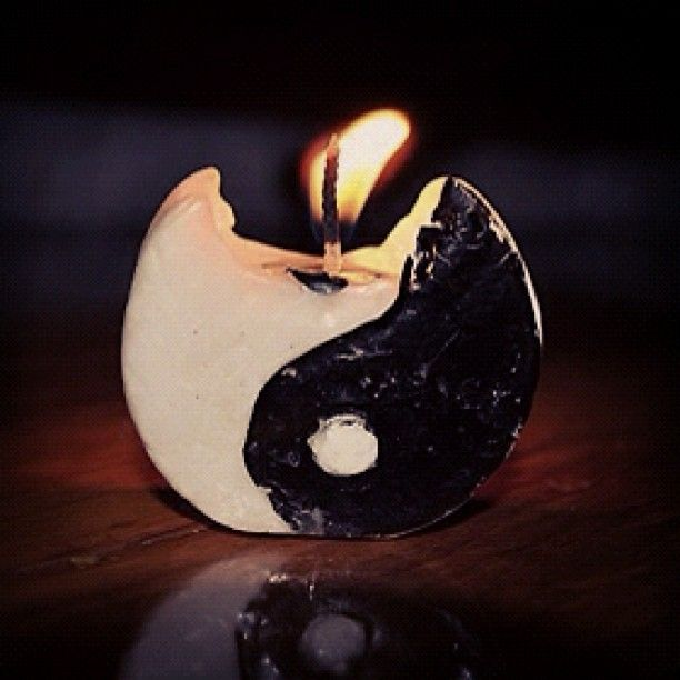 yin yang burning candle