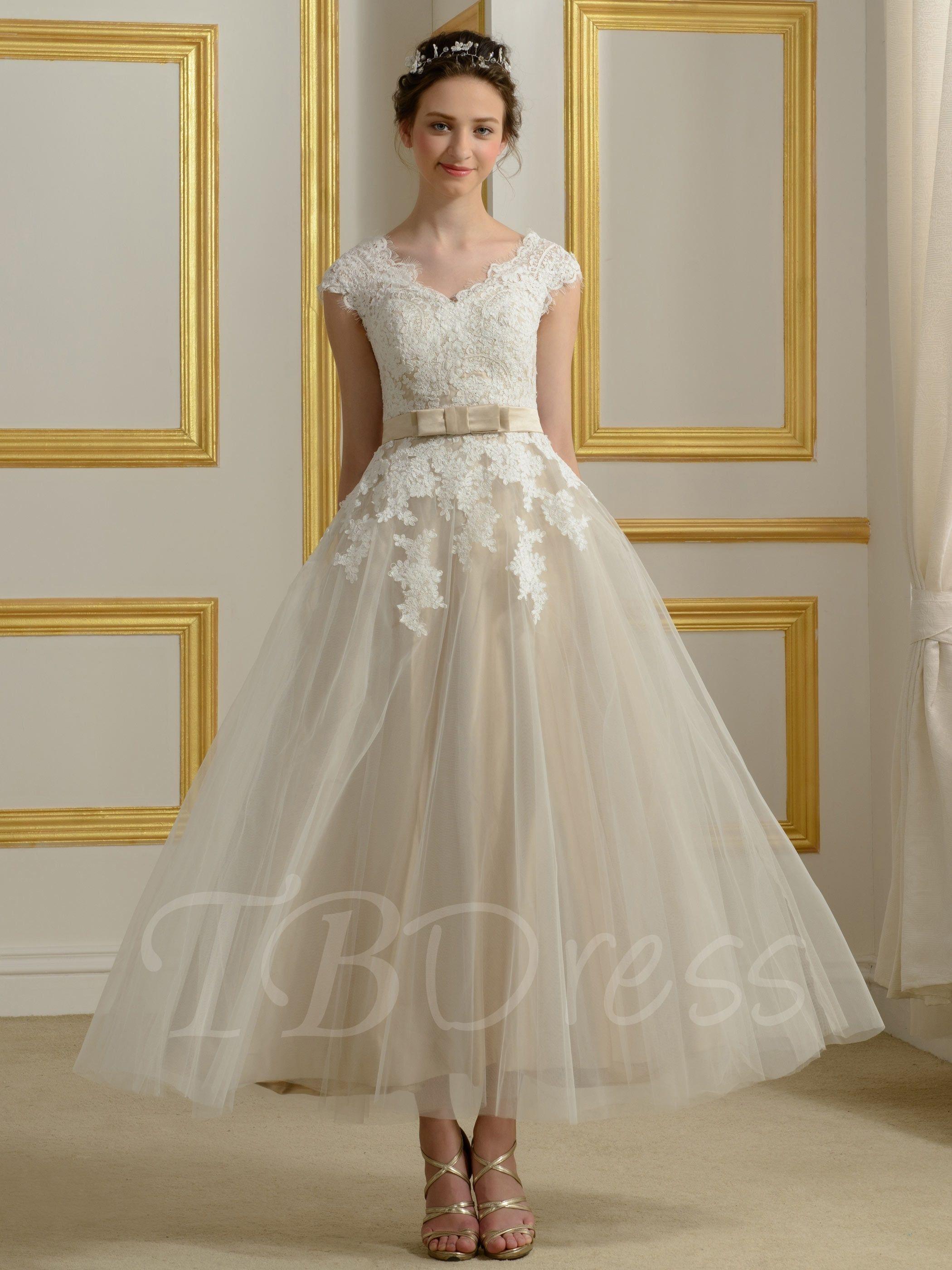 Appliques Tea-Length Beach Wedding Dress