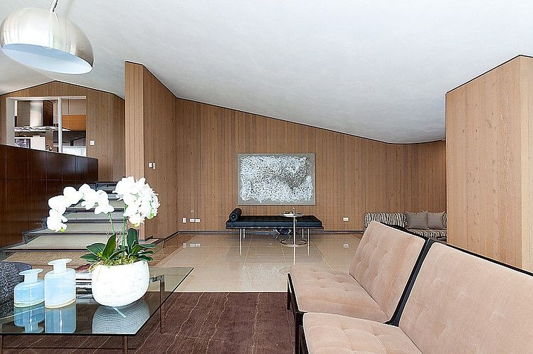 Mid Century Modern Home by Ron Thom....love the angles