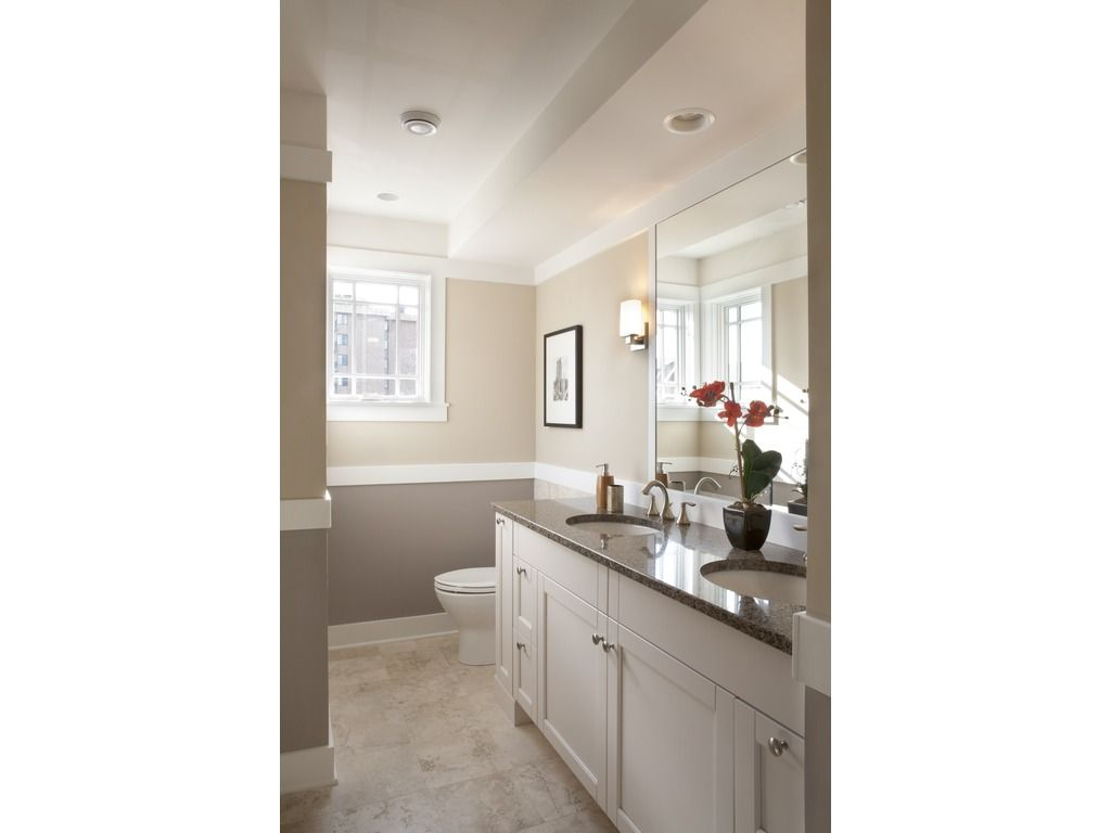 Craftsman Style House Plan - 3 Beds 3.00 Baths 2460 Sq/Ft Plan #454 ...
