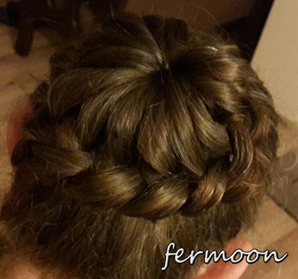 https://www.facebook.com/pages/Fermoon-Sa%C3%A7-Modelleri-Hair-Styles/896519013745427?ref=tn_tnmn #hairbun #hairknob #braidedhairbun
