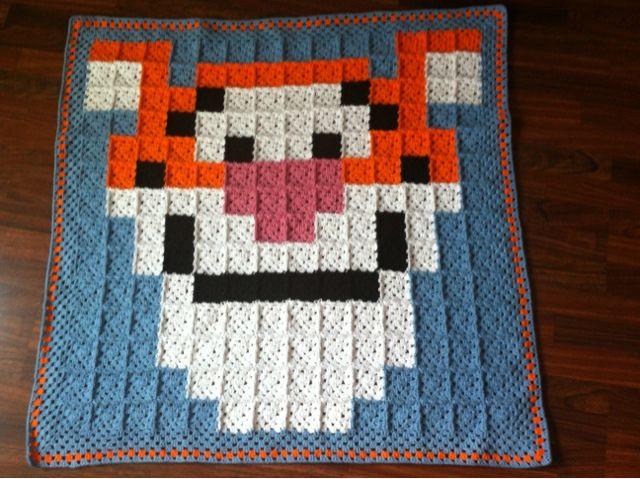 Tigger crochet granny square blanket by birgithaakt      ♪ ♪ ... #inspiration_crochet #diy GB