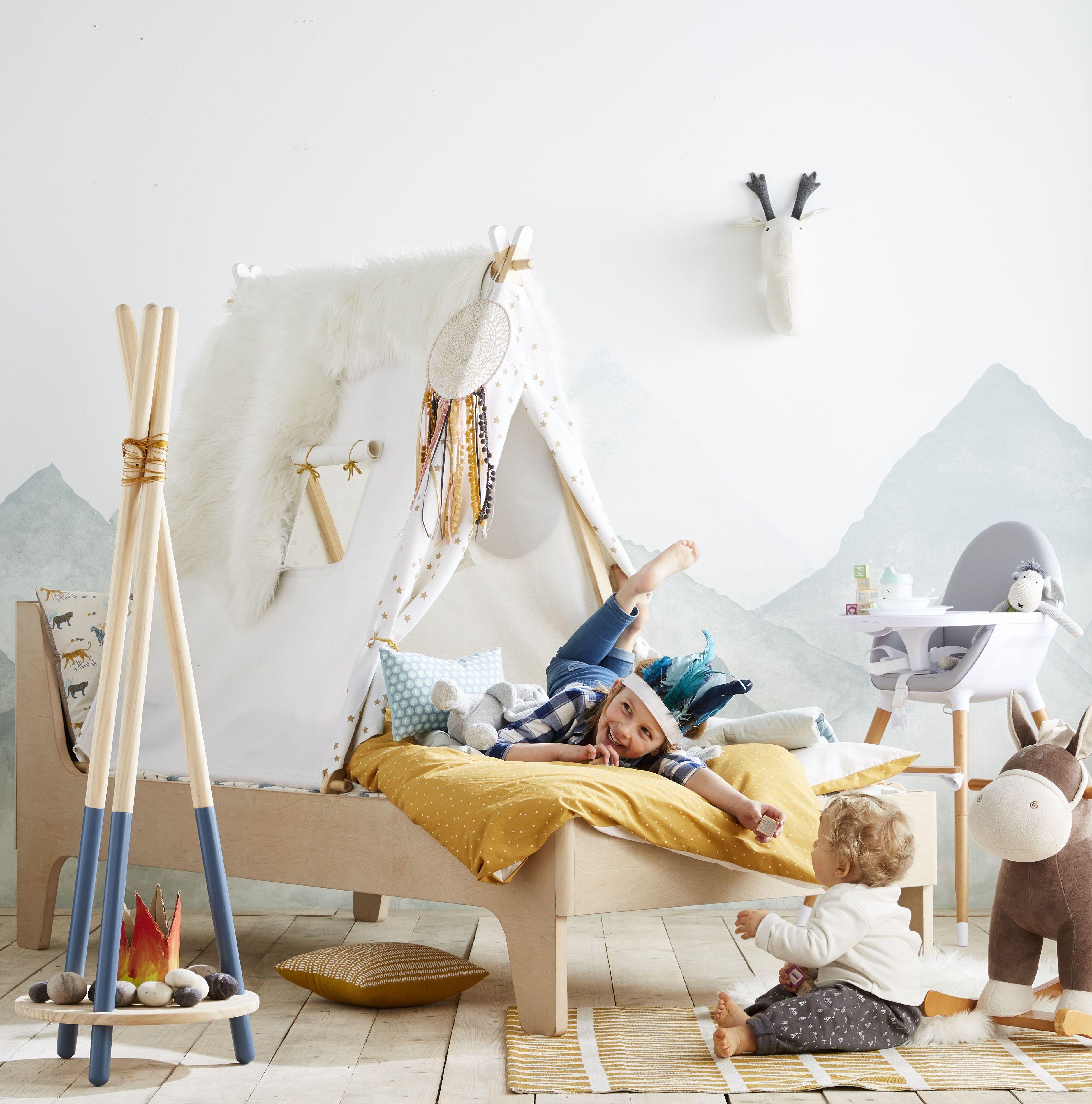 vertbaudet cr er un lit cabane avec une tente pour sa chambre le r ve de tous les enfants. Black Bedroom Furniture Sets. Home Design Ideas