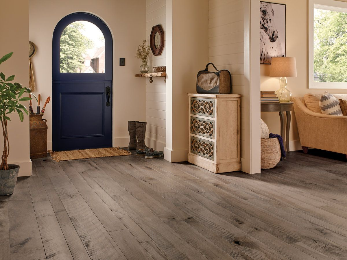 How to Choose the Best Hardwood Flooring for Your Beach