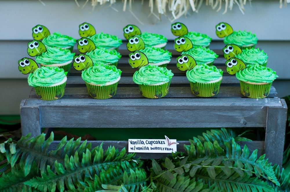 Dinosaurs Birthday Party Ideas Dinosaur cupcakes Dinosaur