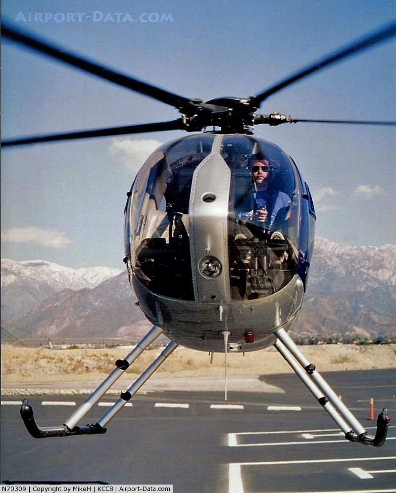 Hughes 500 Helicopter RogerWiloughby HautePussycat
