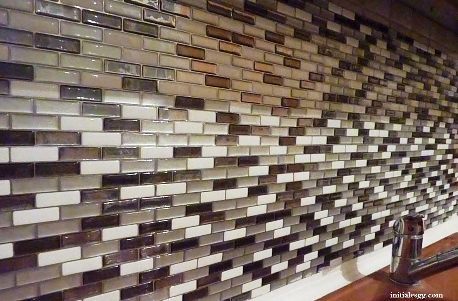 test le carrelage adh sif par smart tiles diy pinterest smart tiles carrelage adhesif. Black Bedroom Furniture Sets. Home Design Ideas