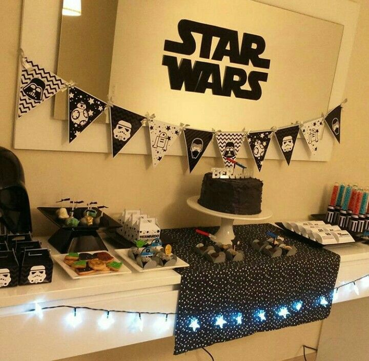 Festa star wars star wars pinterest guerra guerra for Decoracion de cuarto star wars