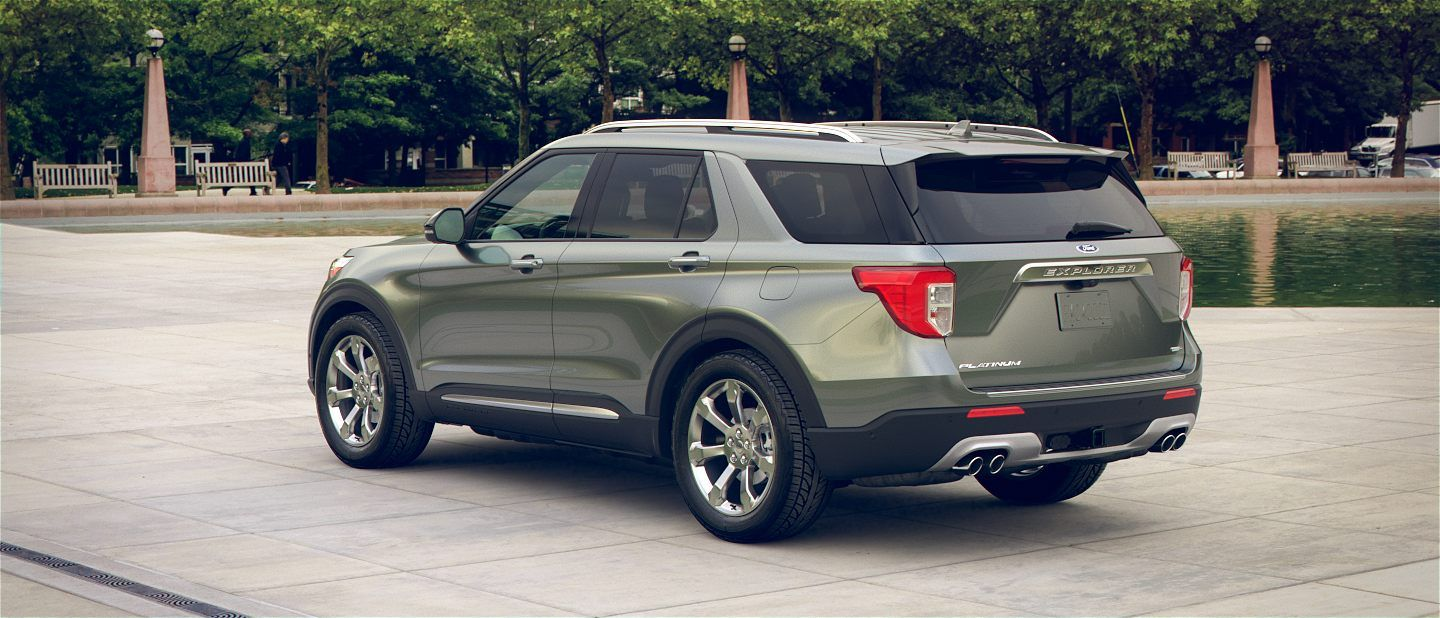 360 Colorizer Spin Of 2020 Ford Explorer In City Park Shown In Silver Spruce 2020 Ford Explorer Ford Explorer Ford
