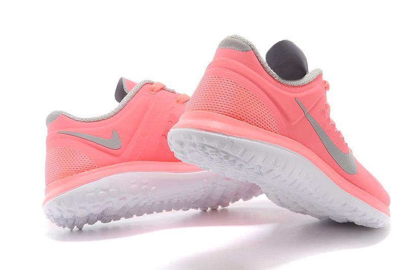 Free Run 3 Baskets Femme Corail | Chaussures | Pinterest | Basket femme,  Baskets et Chaussures nike