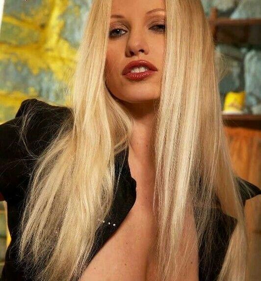 Nikita Valentin Nude Photos 18