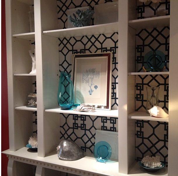 Wallpaper behind shelves in built in bookcase. | Inspire ...