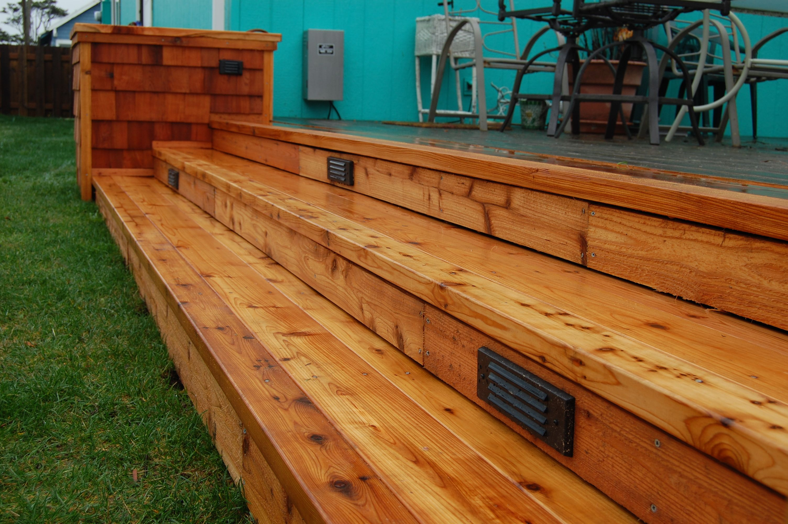 Best Deck Lighting And Planter Boxes Add Lots Of Interest To 400 x 300