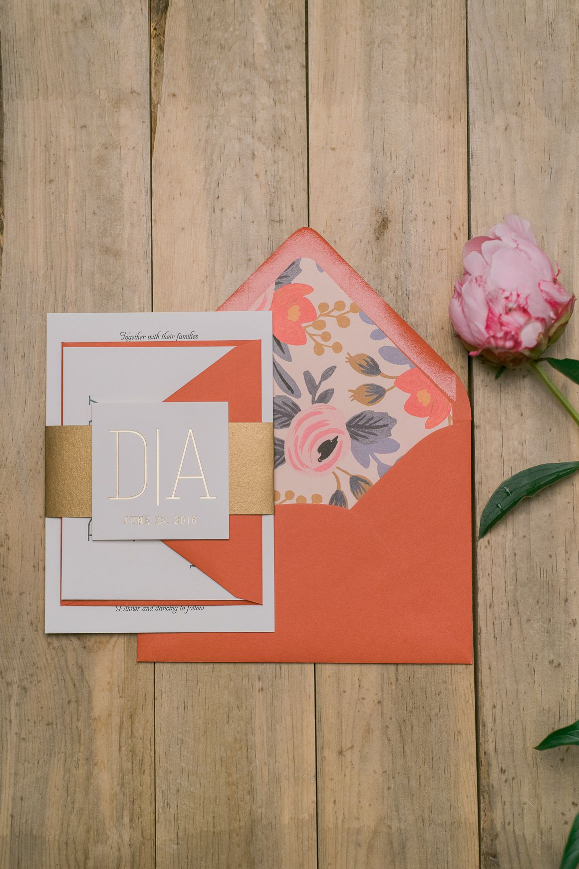 Summer Wedding Inspo with Papaya, Gold and Floral Details ...