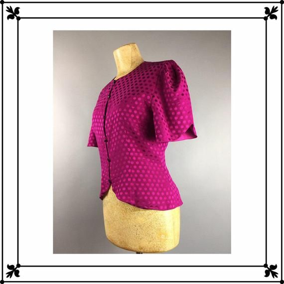 3d36097c526 Silk Top 60 s Style Magenta Pink Purple Blouse Short Sleeves Vintage S 6 US  buttons up Round Necklin