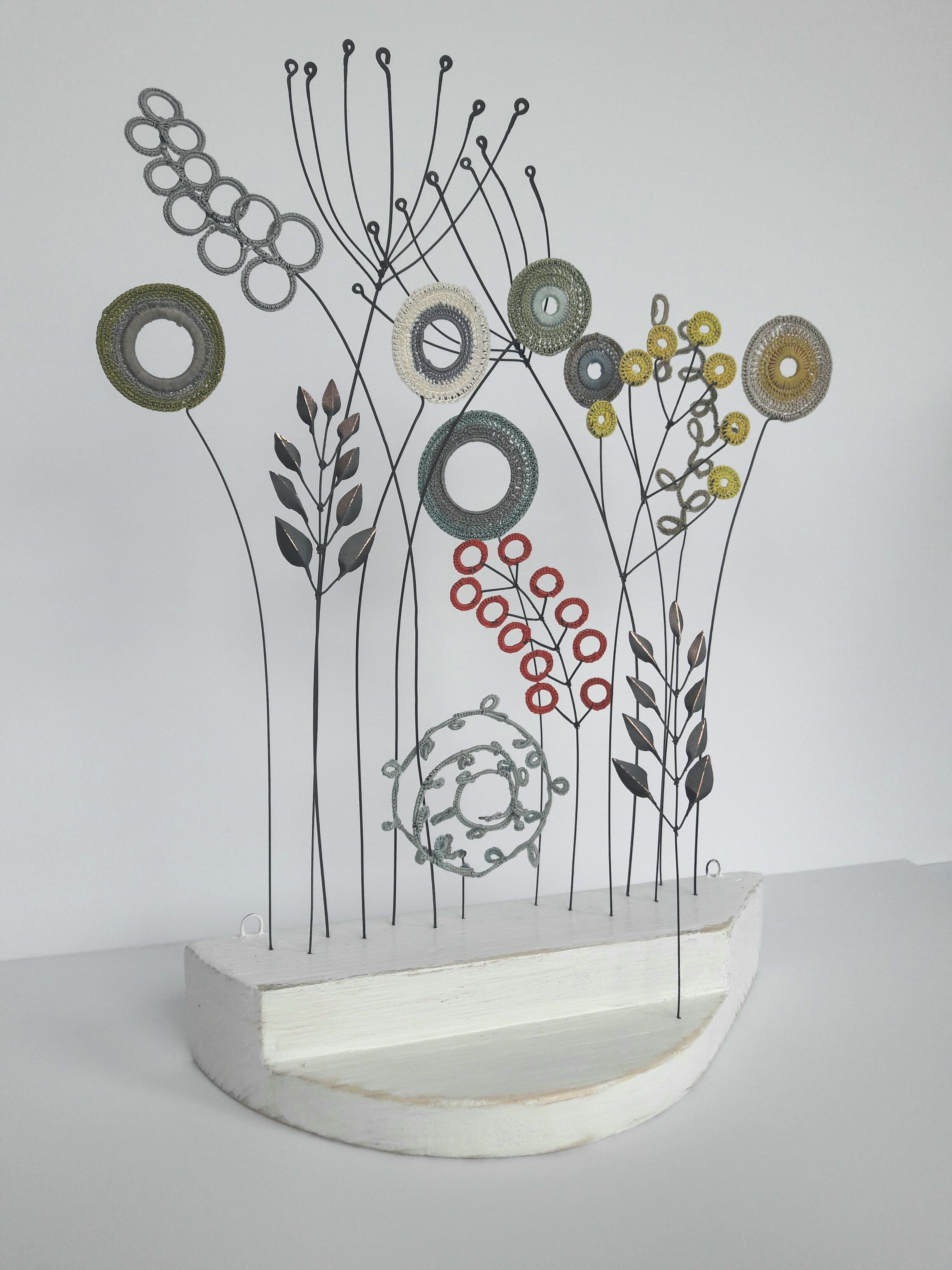 Liz Cooksey - Mixed Bed crochet & wire   Liz Cooksey   Pinterest ...