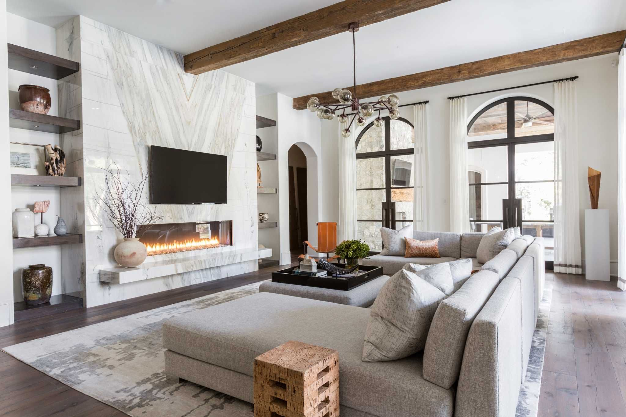 Big And Open A Home Befitting Generations Of Family Fireplace