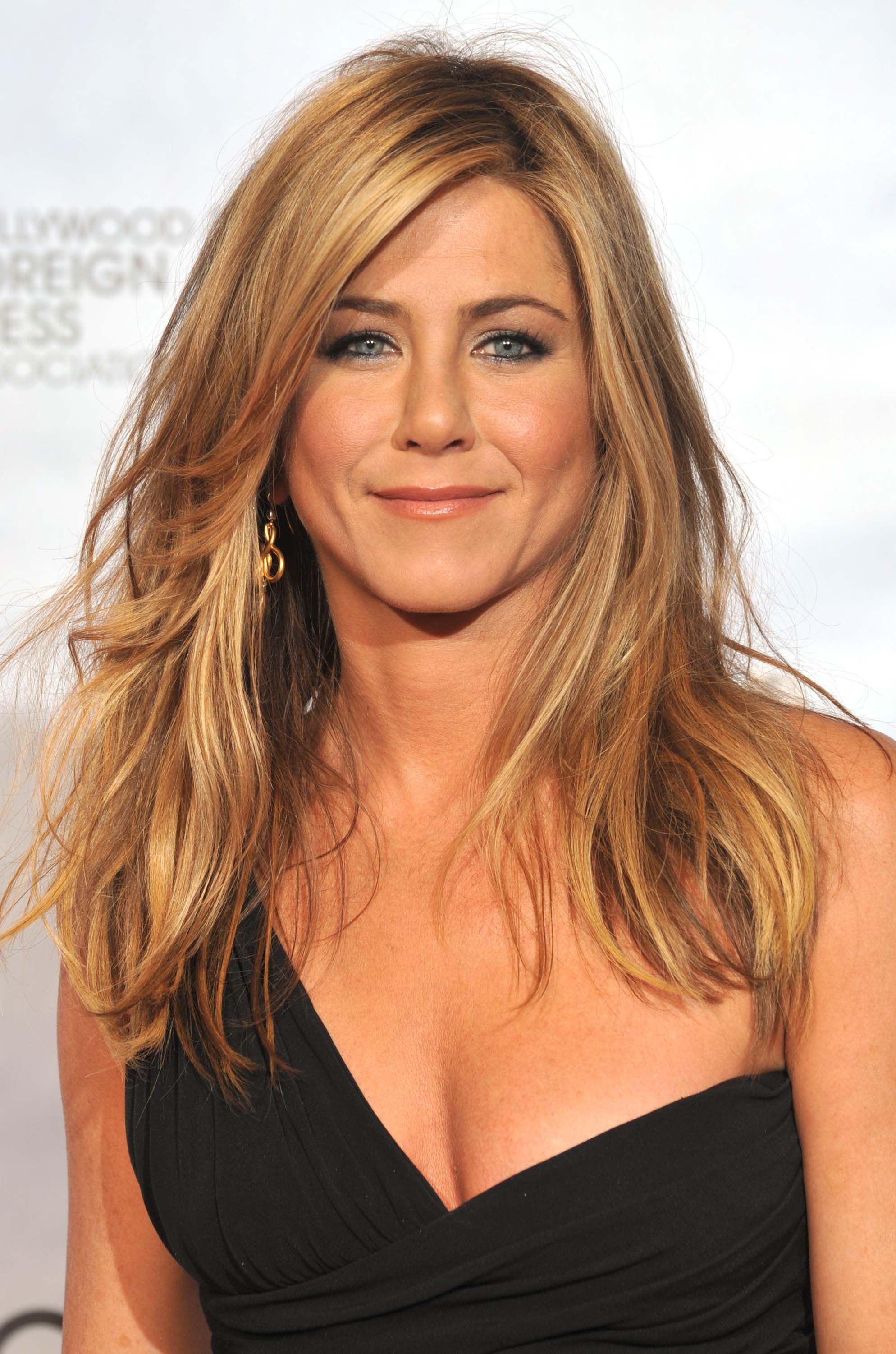 30 musttry hairstyles for women over 40 haircut