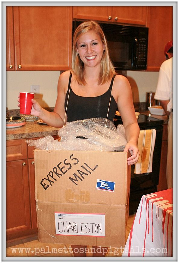 UPS Man and his Package 13 DIY Halloween Costumes for Couples from Palmettos and Pigtails  sc 1 st  Pinterest & UPS Man and his Package: 13 DIY Halloween Costumes for Couples from ...