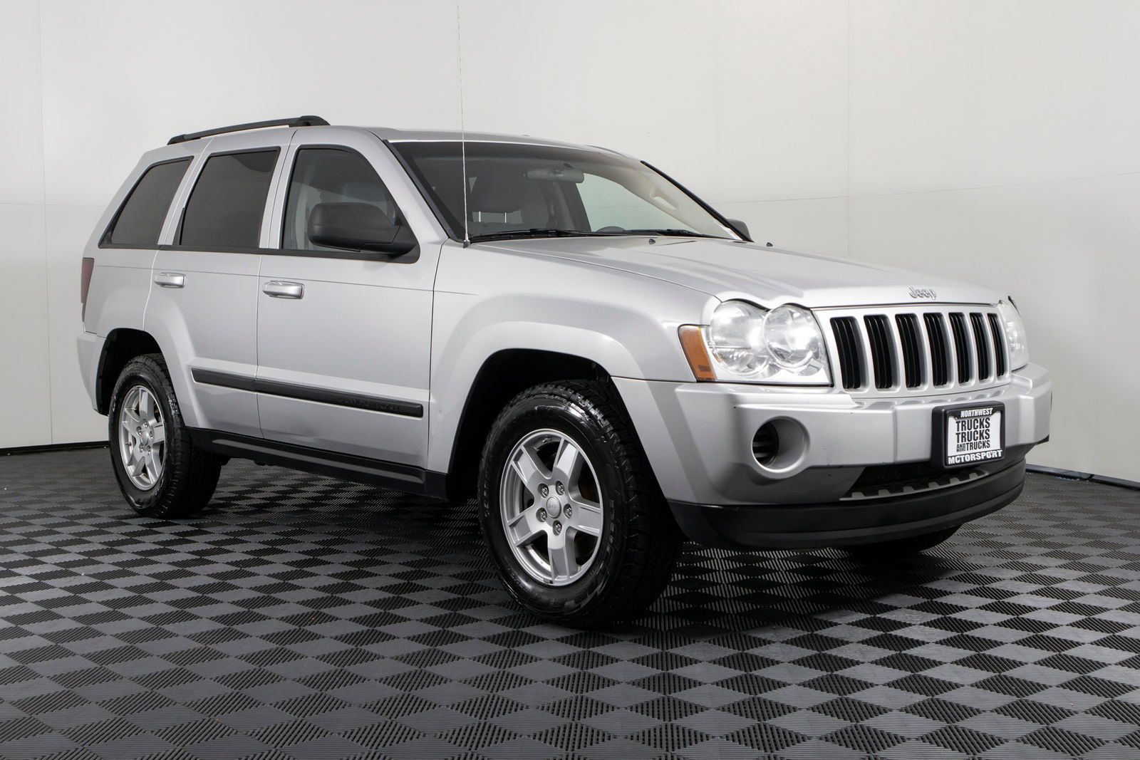 Used 2007 Jeep Grand Cherokee Laredo 4x4 Suv For Sale Northwest