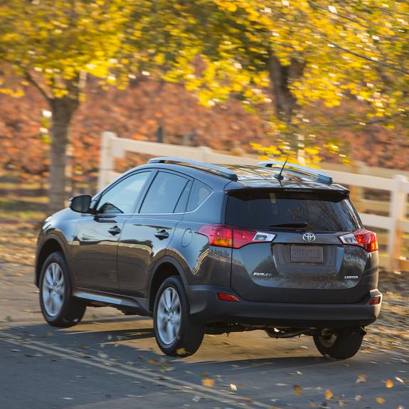 Small Toyota Suv: Girls Getaway: How The 2013 Toyota RAV4 Fared