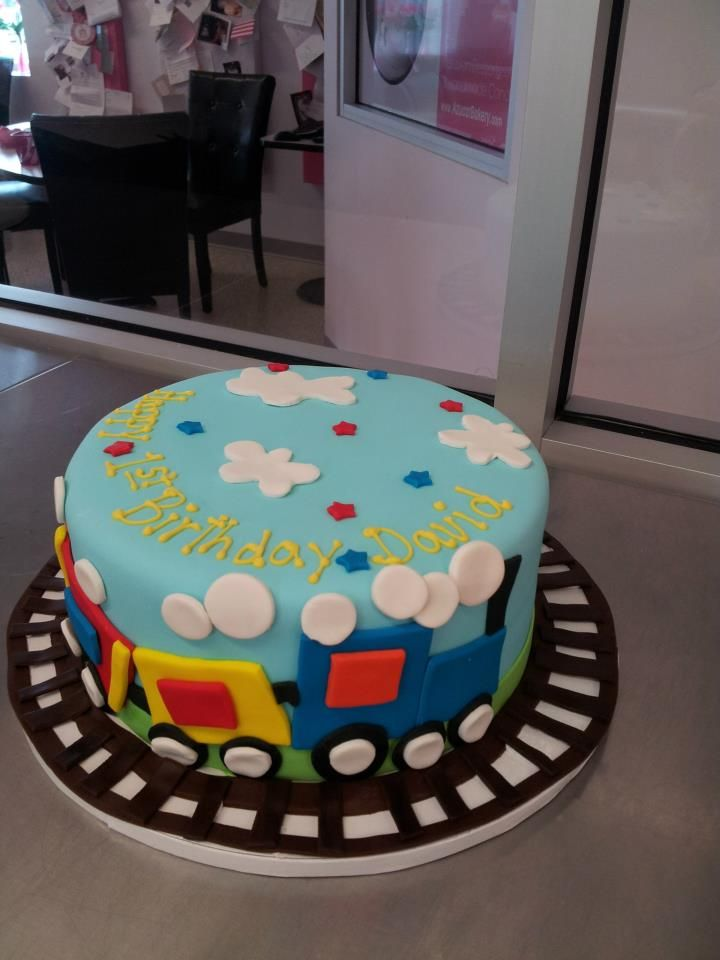 Train Railroad BirthdayCake Round cake Denver bakery Azucar
