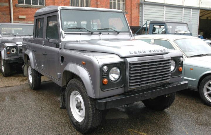 James Bond Skyfall Land Rover Defender 110  A