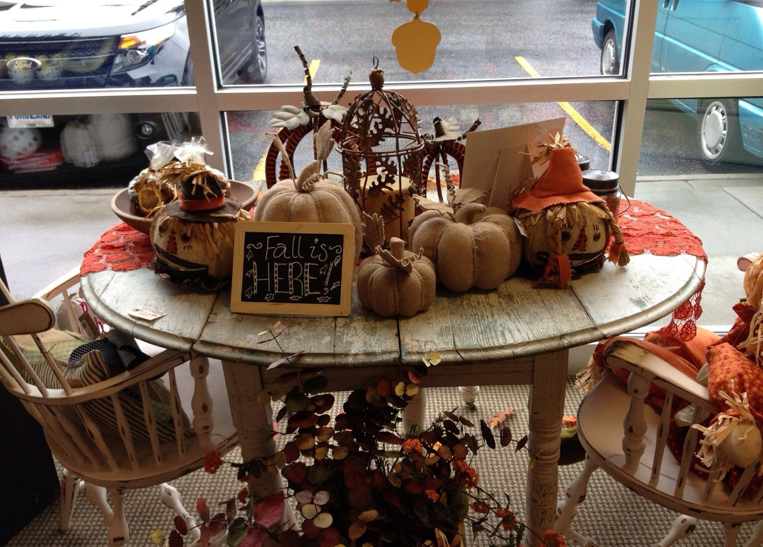 So many cute things to make your home welcoming this holiday season ...